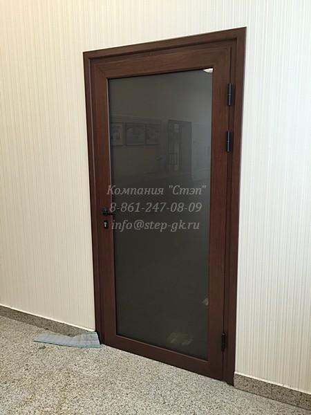 """Алюминиевые двери из греческого профиля """"Alumil"""""""